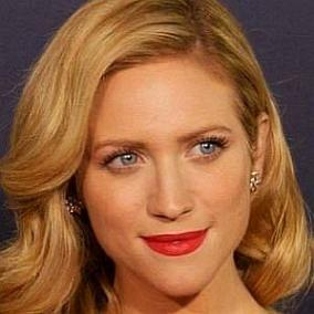 Brittany Snow facts