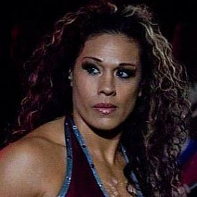 facts on Tamina Snuka