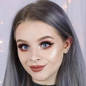 facts on Sophdoesnails