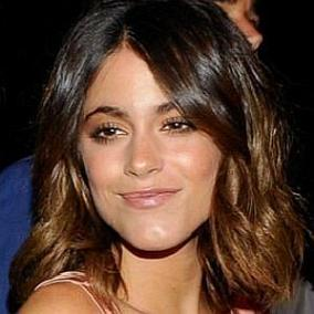 Martina Stoessel facts