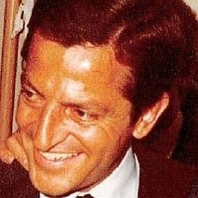 facts on Adolfo Suarez