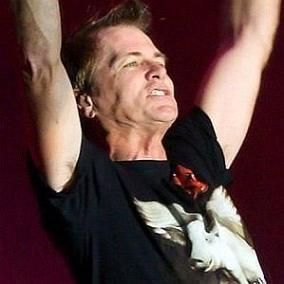 facts on Pat Torpey