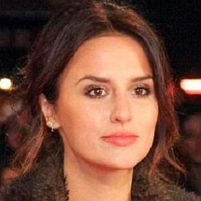 Lucy Watson facts