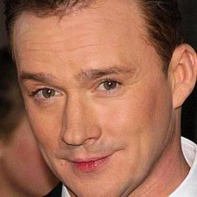 Russell Watson facts