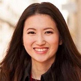 Joanna Zhou facts